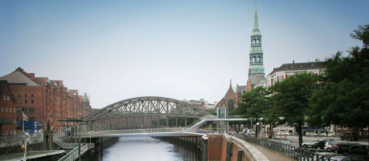 Bridges / Brücke Willy-Brandt-StraÃ?Ÿe - 2